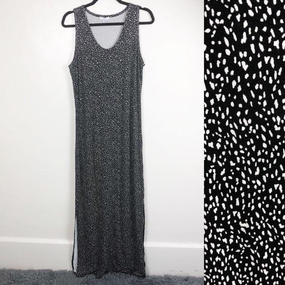 ec3470cce06 H by Halston Dresses   Skirts - H Halston